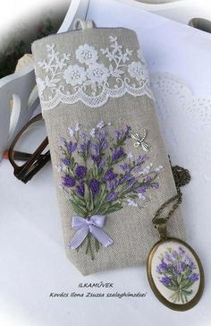 Wonderful Ribbon Embroidery Flowers by Hand Ideas. Enchanting Ribbon Embroidery Flowers by Hand Ideas. Embroidery Designs, Ribbon Embroidery Tutorial, Embroidery Bags, Hardanger Embroidery, Japanese Embroidery, Learn Embroidery, Silk Ribbon Embroidery, Hand Embroidery Patterns, Cross Stitch Embroidery