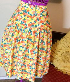 80s Vintage Skirt in Melon and Citrus Hues 25 by BarbeeVintage, $21.00