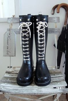Ilse Jacobsen My favourite boots. Looking forward to rain just so I could wear them :3