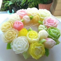 #jellyflower Agar Agar Jelly, Jelly Cream, Plating Ideas, Jelly Cake, Fruit Cakes, Cream Flowers, Jello, Panna Cotta, Cake Decorating