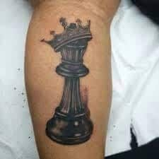 Chic King Queen Chess Pieces Tattoos King Chess Tattoo King And Queen Chess Pieces Tattoo Black Ink Crow Tattoo Design, Heart Tattoo Designs, Tattoo Sleeve Designs, Tattoo Designs For Women, Sleeve Tattoos, Chess Piece Tattoo, Pieces Tattoo, Him And Her Tattoos, Tattoos For Guys