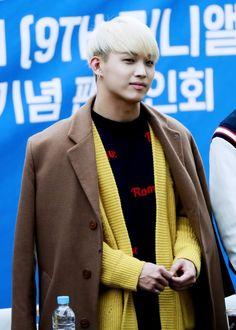 Hyunsik Hyunsik Btob, Style, Fashion, Swag, Moda, Fashion Styles, Fashion Illustrations, Outfits