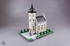 Jens Ohrndorf returned to architecture by designing two churches, one at Minifig scale and the other as a micro build. The larger church features great detailing in the windows, entry way and roof.…