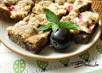 Makové  řezy se švestkami Czech Recipes, Cauliflower, Goodies, Food And Drink, Pudding, Treats, Vegetables, Breakfast, Sweet