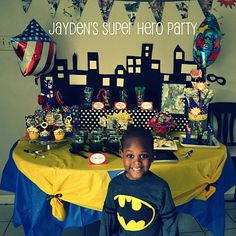 yellow and black table for batman, blue,gold and red for superman, red and blue for spidey, green purple hulk