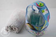 ¿Qué os parece este cestito para tener las cosas de baño de los bebés bien ordenaditas en el baño?