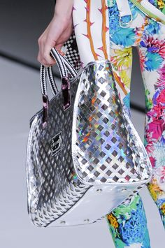 Close up défilé Just Cavalli prêt-à-porter printemps-été 2014, Milan. #MFW #SS14 #fashionweek #cavalli