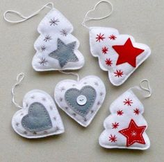 27 Popular Christmas Ornaments Ideas 11 Best Picture For Diy Felt Ornaments Felt Christmas Decorations, Christmas Ornament Crafts, Christmas Sewing, Felt Ornaments, Christmas Projects, Felt Crafts, Holiday Crafts, Ornaments Ideas, Handmade Decorations