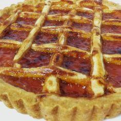 Πάστα φλόρα, λεπτή και τραγανή Greek Sweets, Greek Desserts, Greek Recipes, Breakfast Recipes, Dessert Recipes, Pasta, Sweet And Salty, Cupcake Cakes, Food And Drink