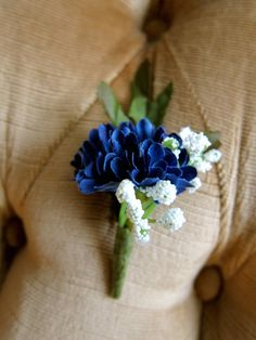 Small Blue and White Floral Boutonniere; Handmade wedding boutonniere made from blue floral and white baby's breath. Very small, for the minimalist. I can wrap twine or ribbon around the base if requested. Included is a pearl corsage pin.
