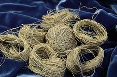 Nettle Yarn Textile Fabrics, Hand Spinning, Fiber, Weaving, Ideas, Spinning, Low Fiber Foods, Loom Weaving, Crocheting