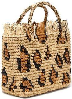 30 Creative DIY Bag Ideas for Women 30 ideas creativas de bolsas de bricolaje para mujeres # # # Fabric Tote Bags, Denim Tote Bags, Straw Tote, Beaded Bags, Knitted Bags, Crochet Bags, Blue Bags, Handmade Bags, Bag Making