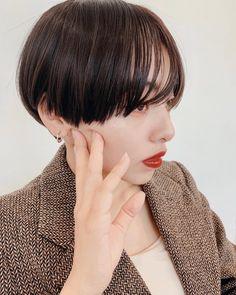 Pixie Hairstyles, Pixie Haircut, Hair Inspo, Hair Inspiration, Korean Haircut, Haircut And Color, Hair Photo, Hair Highlights, Hair Designs