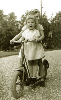"""Samen op de autoped - Together on the """"autoped"""". Yep, I had one. At times my dad had to pump the thick (almost deflated) tires with air.."""