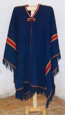 Artesanías en Telar: Ponchos Salteños y mantas. Criadero de vicuñas Coquena Molinos.