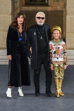 Chart the fashion and style evolution of the late designer Karl Lagerfeld, who has died aged 85 in Paris. Givenchy, Valentino, Karl Lagerfeld, Elsa Peretti, Carolina Herrera, Paris Fashion, Fashion Show, Fashion Design, Chanel Fashion