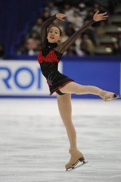 Ice Skating, Figure Skating, Sports Figures, Skate, Ballet Skirt, Lady, Beautiful, Dresses, Queen