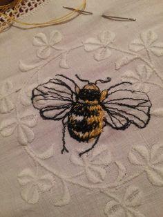 Bumble Bee - Laura Edgar