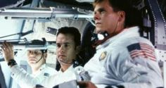 Apollo Starring: Tom Hanks, Kevin Bacon, Bill Paxson, Gary Sinise, and Ed Harris. Picture Movie, Movie Tv, Apollo 13 1995, Whats On Tv Tonight, Tom Hanks Movies, America Dad, Houston, Gary Sinise, Kevin Bacon