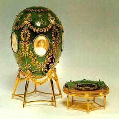 Jeweller green egg img-6, Fabergé