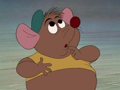 """A poor """"I have nothing to wear"""" little mouse"""