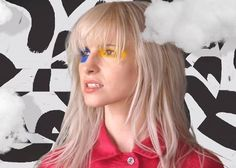"""Hayley Williams, Paramore """"Hard Times"""" video"""