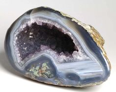 This beautiful Amethyst Agate Quartz crystal geode comes from Uruguay, South America. Amethyst Quartz, Amethyst Crystal, Amazon River, Crystal Cluster, Birthstones, Agate, Indigo, Globe, February