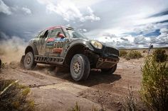 #MINI at 2015 #Dakar Rally: Nasser Al-Attiyah defends his lead in the overall classification