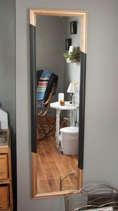 Diy Dorm Decor Ideas Gold Leaf Mirror Paint Or Any Color Would Work To Add To A Plain Mirror