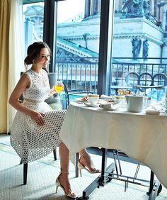 Скучаю по этому отелю.❤️ Всем доброго дня! P.S. Платье👗👉 @jlifashion #YanaFisti #ЯнаФисти @fsstpetersburg #fsstpetersburg #fourseasons // Missing this hotel. A good day to all! P.S. The dress is from @jlifashion