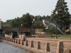 Stillwater, Minnesota ...walk along the St. Croix River