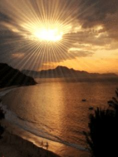 The perfect Sunrising Sunrise Animated GIF for your conversation. Discover and Share the best GIFs on Tenor. Beautiful Monday, Beautiful Gif, Beautiful Sunset, Beautiful Places, Amazing Gifs, Amazing Nature, Foto Gif, Les Gifs, Good Morning Gif