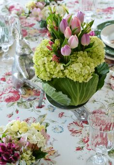 Celebrate spring at the table with a blooming cabbage centerpiece, mini cabbage bowl flower arrangements, a wheelbarrow toting bunny and Hilltop Garden friends! Additionally, you'll find spring table inspiration from 26 table stylists and bloggers. Wedding Flower Arrangements, Floral Arrangements, Summer Vine, Easter Peeps, Diy Bouquet, Spring Green, Fresh Flowers, Fall Decor, Centerpieces