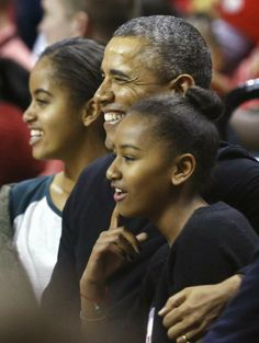 President Barack Obama & First Daughters Malia & Sasha. Game Time | The Obama Diary