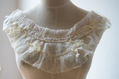 ivory beaded lace collar lace applique in ivorybeaded by lacetime