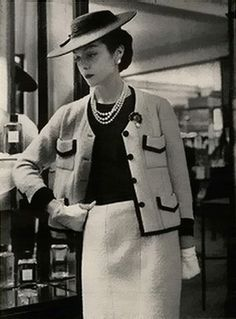 chanel suit 1950s - Google Search