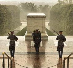 Tomb of the Unknown Soldier from around the world - Imgur