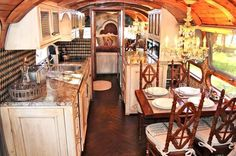 traditional kitchen Airstream Makeovers - from Houzz- AMAZING. I want an Airstream like this! Living Vintage, Vintage Rv, Vintage Airstream, Vintage Travel Trailers, Vintage Campers, Airstream Remodel, Airstream Renovation, Airstream Interior, Airstream Trailers