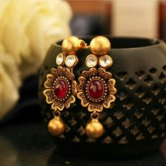 Learn how to stamp metal jewelry and create gorgeous presents or rings or earrings to sell. January Jewelry jewelry making Metal Jewelry, Antique Jewelry, Gold Jewelry, Gold Earrings Designs, Gold Jewellery Design, Indian Wedding Jewelry, Indian Jewelry, Bridal Jewellery, Indian Weddings