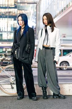 Tokyo Fashion, Japan Street Fashion, Korean Street Fashion, Harajuku Fashion, Fashion Outfits, Fashion Weeks, Japanese Fashion Street Casual, Harajuku Japan, Chinese Fashion