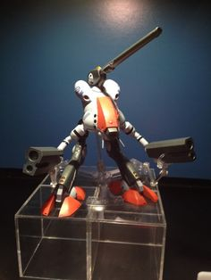 The upcoming Bandai Hi-Metal Glaug. I have no words for how cool this is. Robotech Macross