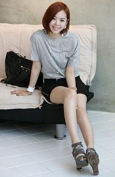 Newly Side Zipper Skirt Black Drop Shipping Business, Ruffle Skirt, Latest Fashion For Women, Asian Beauty, Zipper, Stylish, Skirts, Clothes, Black