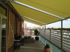 Polazzo. Awning from the Melbourne Awning Centre.