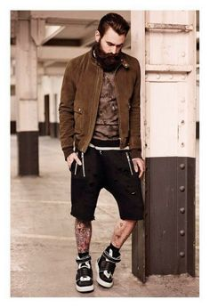 bearded Ricki Hall / menswear casual street style