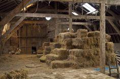 De  Hooizolder,kon je heerlijk op spelen. Country Life, Country Living, Fiddler On The Roof, Ranch Life, Farms Living, Picture Credit, Old Barns, Barn Finds, Old West