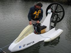ZupaLite Airboat: If you can't afford the real thing, and embarrassment is not a problem for you. Small Fishing Boats, Small Boats, Pedal Powered Kayak, Yatch Boat, Kayak Boats, Boat Projects, Diy Boat, Boat Stuff, Boat Design