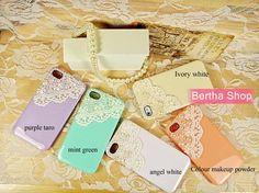 Super Fem iPhone 4 case, Pearls & Curls for my girls :D