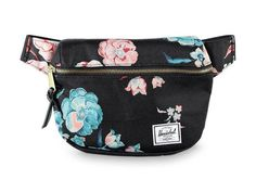 Add some floral spunk to your carrying necessities with the Fifteen Floral Fanny Pack from Herschel Supply Co. A single front brass zipper grants access to a good size pouch for any of your small daily necessities. Stylish Fanny Pack, Cute Fanny Pack, Waist Purse, Womens Fashion Online, Latest Fashion For Women, Medium Bags, Mini Bag, Purses And Bags, Fashion Accessories