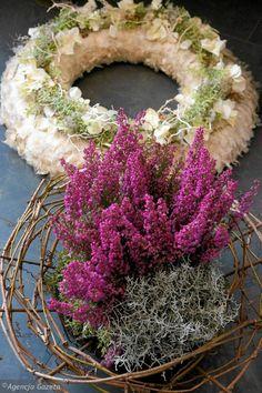 wiązanka na grób Advent, Fall Decor, Floral Wreath, Wreaths, Decorations, Inspiration, Home Decor, Biblical Inspiration, Decoration Home