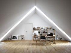 Мансардный этаж. Естественное дневное освещение мансардной как нельзя лучше подходит для домашнего рабочего пространства